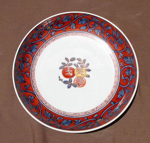 5 Imari plates, colorful fruit, leaves, gold, red, blue and white vines. Hand painted Japanese porcelain for tea ceremony, interior design