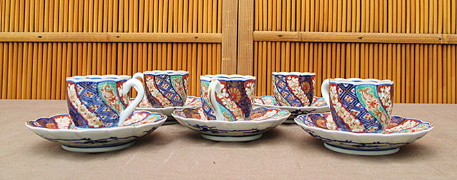 5 Imari tea cups and saucers; enamel and gold brocade, hand painted antique Japanese porcelain for Japanese tea ceremony, interior design