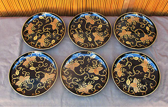 6 black lacquer plates, handpainted gold vines; gold maki-e leaves, gold rims, for Japanese interior design, tea ceremony, art in Los Angeles